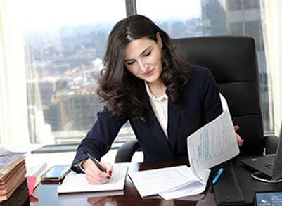 Paralegal Shorena Wolter